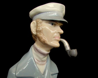 Lladro 4154 Sea Captain (AKA Sailor) With Pipe