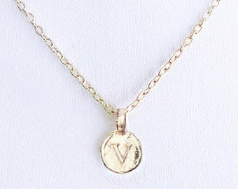 V letter necklace, unique v personalized necklaces for women, gold initial v letter for a great bridal shower and preppy bridesmaid necklace