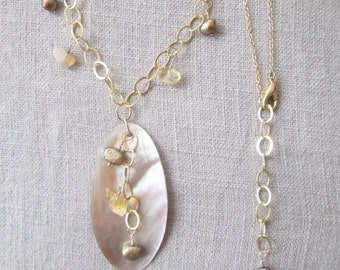 Dainty gold filled November citrine birtstone necklace, winter wedding gold necklace with large shell pendant and citrine beads gold pearls