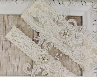 Garter belt, Wedding garter set, garter, bridal garter set, Ivory Garter, Toss Garter, Keepsake Garter, Bridesmaid Gift, Prom, Wedding Gift