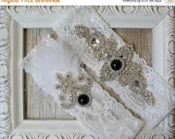 "ON SALE Wedding garter - Vintage Garter Set w/ Black ""Pearls"" and Rhinestones on Comfortable Lace, Wedding Garter Set, Crystal Garter Set"