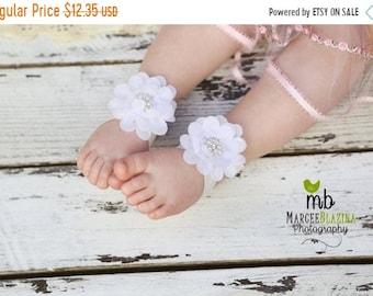 ON SALE Barefoot Sandals ~ White Flower Sandals ~ Toddler Sandals ~ Newborn Sandals ~ Baby Flower Sandals ~ Flower girl sandals, Baby Sandal
