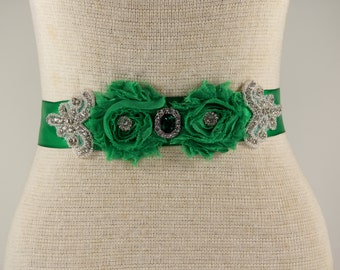 Sash, Bride Sash, Customizable Emerald Green Bridal Sash, Wedding Dress Sash Belt, Green Rhinestone Crystal Wedding Sash, Green Bridal Sash