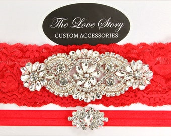 No slip garters for wedding. Wedding garter set available in several colors. Bridal garter for wedding or prom. Valentine garter set.