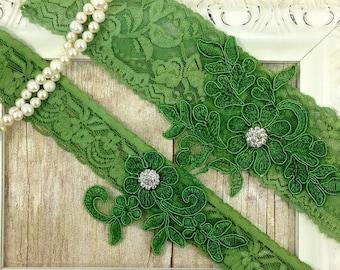 Green Wedding Garter Set , Customizable Ivory Lace Garter Set, Toss Garter and Keepsake Garter, Bridesmaid Gift, Prom, Wedding Gift