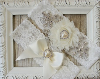 No slip garter. Wedding garter - personalized vintage garter Set w/ Stunning Rhinestones on Stretch Lace, bridal garter set, prom garter