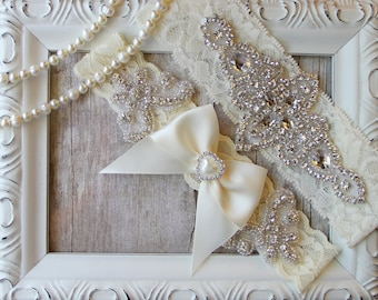 Garter, NO SLIP Wedding garter set, keepsake garter, toss garter, bridal garter, wedding garter, customizable garters, personalized garter,