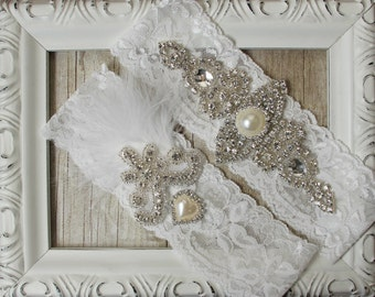 "Wedding garter - Vintage Garter Set w/ ""Pearls"" and Rhinestones on Comfortable Lace, Wedding Garter Set, Crystal Garter Set"