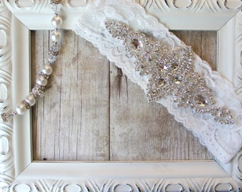 Wedding garter - Customizable vintage wedding garter with sparkling crystal rhinestones on comfortable lace, Bridal Garter, Single Garter