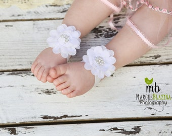 Barefoot Sandals ~ White Flower Sandals ~ Toddler Sandals ~ Newborn Sandals ~ Baby Flower Sandals ~ Flower girl sandals, Baby Sandals