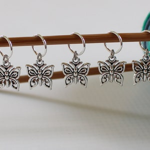 5 Stitch Marker Beach Seashell Set of Silver Stitchmarker Knitting Charms to Mark Stitches Knit Gift Crochet Removeable Moon