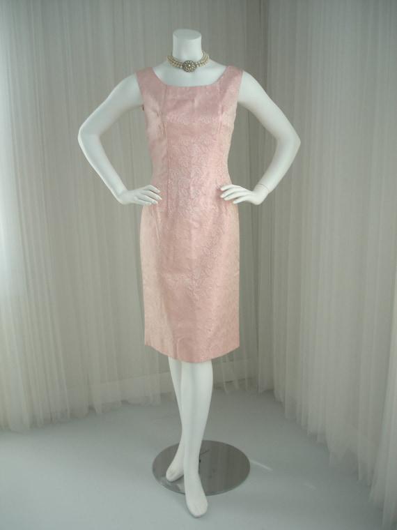 1960 Pink Brocade Sheath Wiggle Dress - image 2