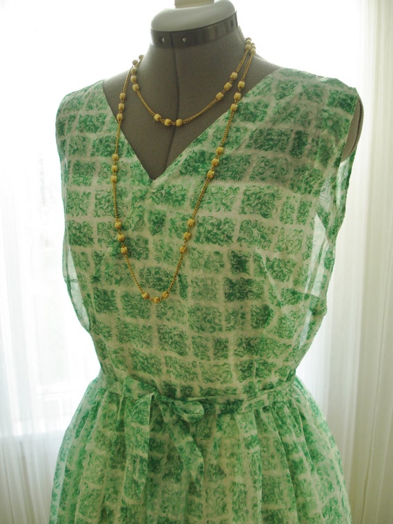 "Green Printed Chiffon Dress Vintage 1950 36"" Bust"