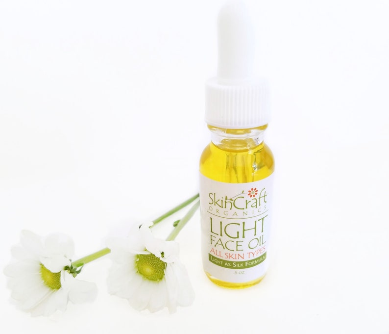 Light Moisturizing Face Oil for Oily Normal & Combination image 0
