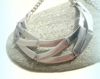 Quirky Glamorous Shiny Silver Plate Statement Necklace Etched Metal Silver Collar Necklace UK Shop Chain Necklace ETSY UK Christmas Gift