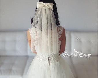 Swiss Dot Bow Veil,  Bridal Bow Veil,  Medium length Veil, Boho Style Veil, Vintage Wedding veil, Cream Veil, Polka dot Veil, Ivory Veil