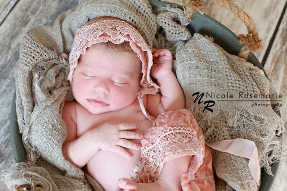 Shorts and Bonnet Set Pink Scallops Newborn Photography