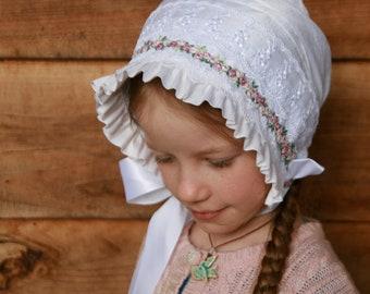 Silk and lace baby bonnet -- White bonnet, vintage style baby bonnet. infant photo prop. lace baby hat.