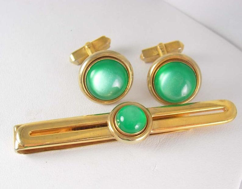 73f5091e5239 Vibrant Green Cufflinks Vintage cufflinks MOONGLOW Tie clip | Etsy