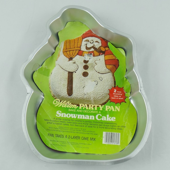NEW Wilton CELEBRATE A CHRISTMAS COLLECTION