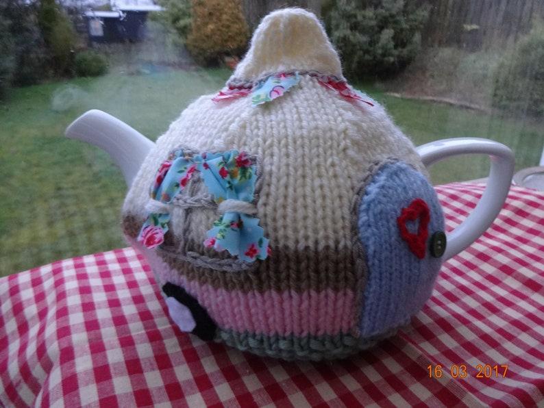 Caravan tea cosy cozy knitting pattern pdf camping retro ...