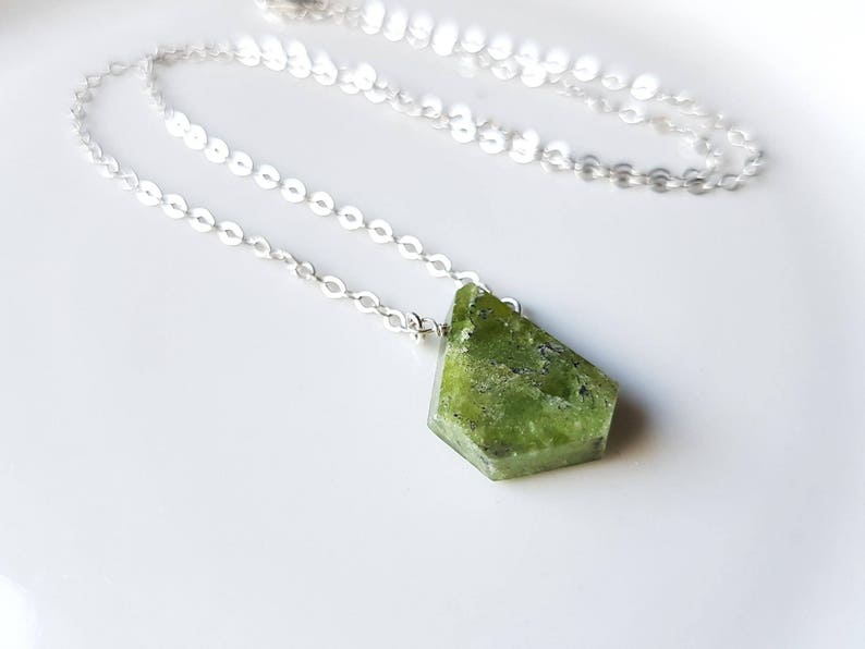 Gift for Mother Green Gemstone Necklace Dainty Gemstone Necklace Vessonite Necklace Gift for her Dainty Jewelry Vessonite Jewelry
