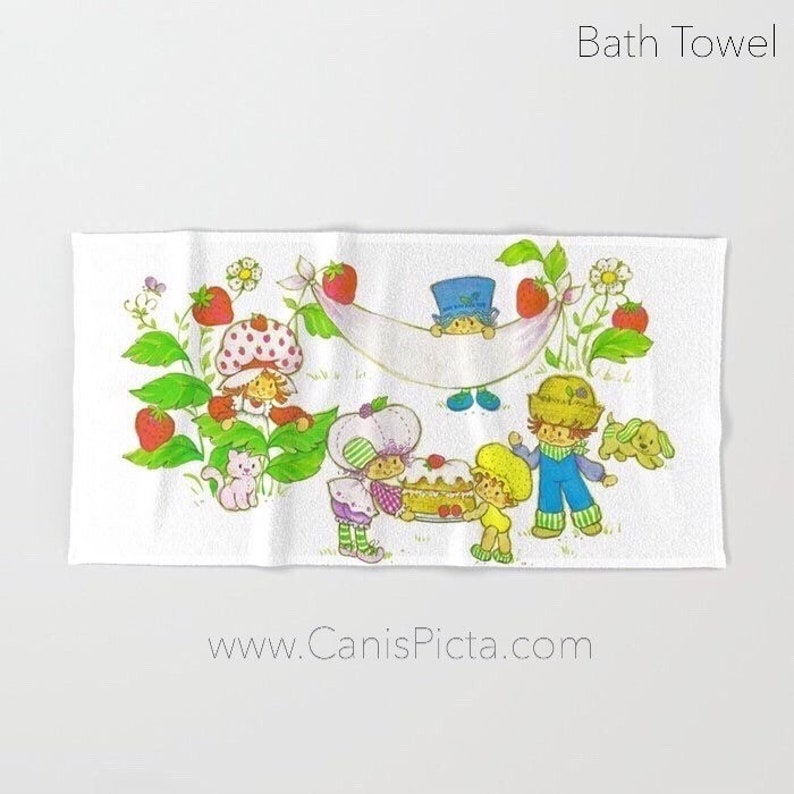 Retro Strawberry Garden TOWEL Bath Beach Terry Hand Bathroom image 0