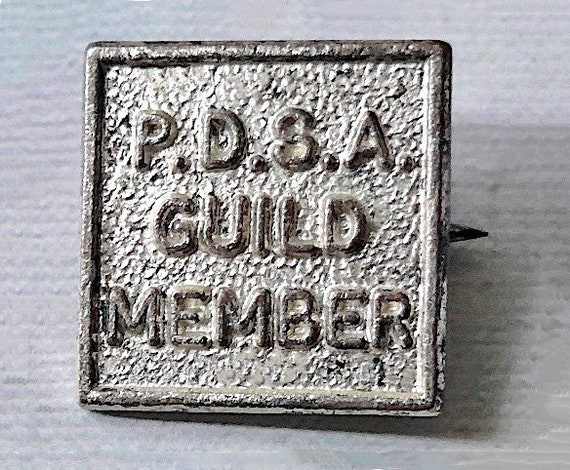 PDSA Guild Member badge, vintage.  Peoples Dispens