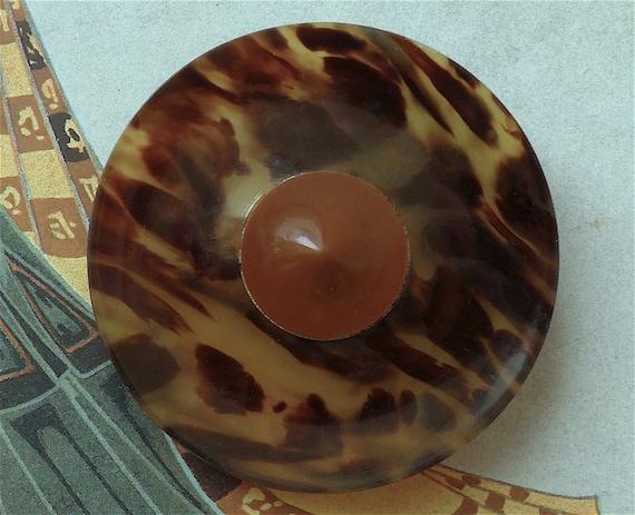 f7ff3f0eb4c4b Tortoiseshell button vintage A super duper button natural | Etsy