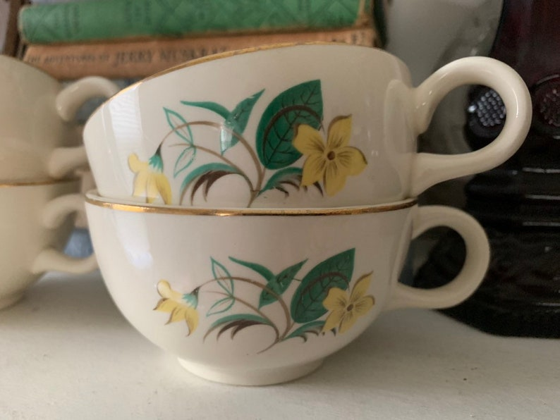 Set of 4 Vintage Floral Coffee or Tea Cups White with Yellow Flowers Gold Rim MCM