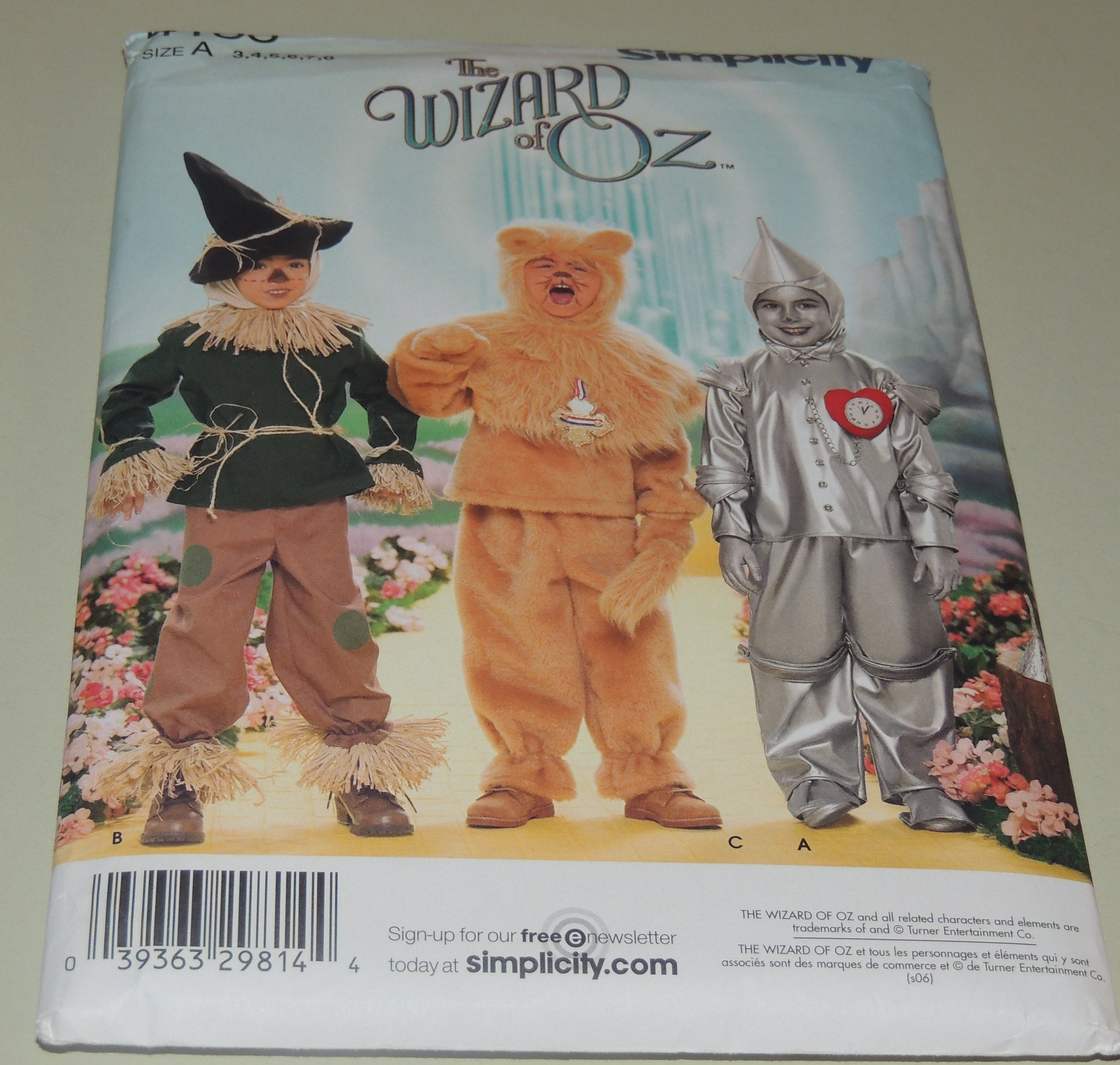 Uncut Wizard of Oz Costume 3-8 Simplicity 4133