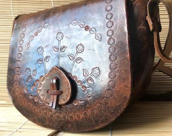 Leather vintage 1970s bag, vintage leather bag, Brown vintage leather bag, winter accessories, Christmas gift, gifts for her, 1970s satchel