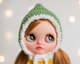 Holiday Winter Pompon Helmet for Blythe, mistletoe green