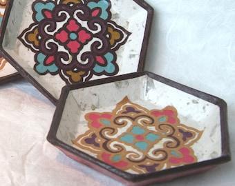 Set of 4 Hanji Paper Coasters Traditional Floral Design Mini plates Handmade Zen Decor Hostess Gift Teachers Gift Asian Decor (Set of Four)