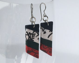 Bold Trapezoid Hanji Paper Earrings Navy White Red Chinese characters Korean Asian Design Hypoallergenic Dangle Lightweight Earrings