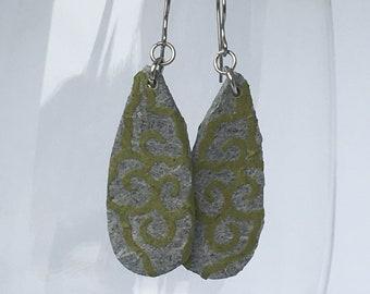 Grey Green Hanji Paper Earrings Subtle Flower Design Teardrop Earrings Patchwork Handmade Hypoallergenic Lightweight Organic Paper