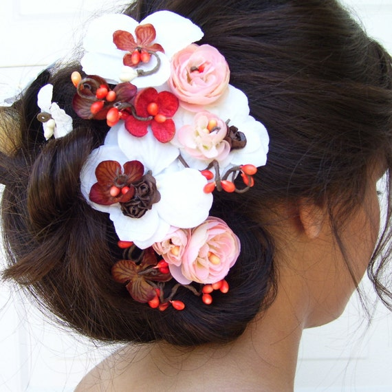 018 Ivory Blush Coral and Chocolate Rustic Chic Floral Hairpiece with Leaves and Pip Berries on Budding Vines