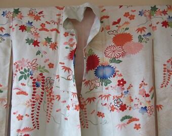 Vintage Silk Kimono Green Multicolor Embroidered Handpainted
