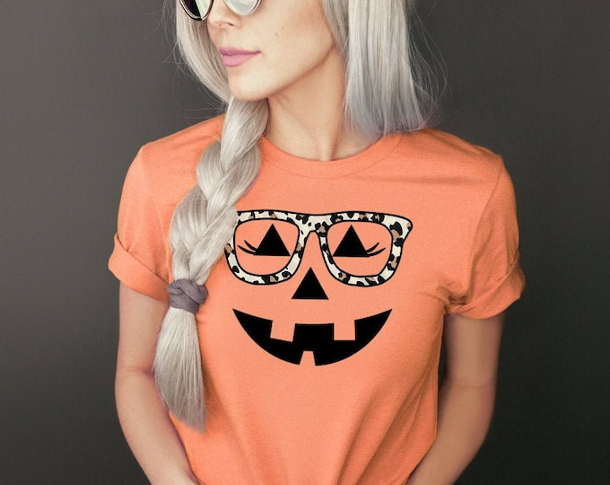 Women's Halloween Shirt- Teen Halloween shirt - Tween Halloween shirt - Jackolantern with glasses - Jack-o-lantern shirt