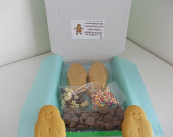 Chocolate craft kit, melt and decorate kit, kids craft kit, chocolate art gift, Activity gift box, Melt and make your own Gingerbread men