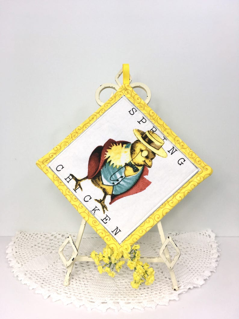 Cotton Quilted Hot Pads Spring Chickens Kitchen Pot Holders Chickens Yellow Housewarming Gift for Cooks