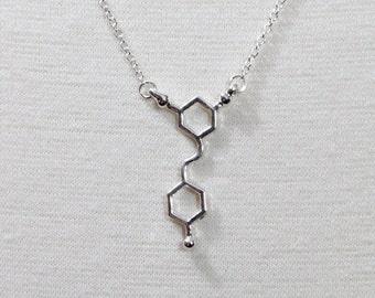Red Wine Molecule Necklace Resveratrol