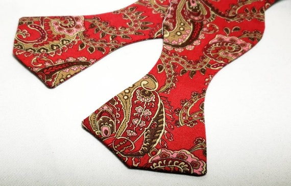 Rich Red  and Burgundy Paisley Adjustable Bow Tie, Spade Shape, Traditional Self Tie or Pre-Tied