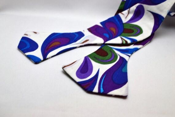Men's Blue, and Purple Design Adjustable Bowtie