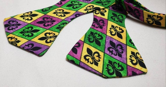 Mardi Gras Fleur de Lis Purple Bow Tie or Mask, Cotton Fabric, Pre-Tied or Self Tie, Adjustable up to 21 inches with metal bow tie slides.