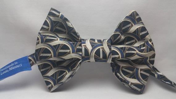 Men's Navy Blue & Gray Bow Tie