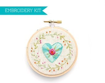 DIY Embroidery Kit, Embroidery Pattern, PDF Pattern, Rose Embroidery Design, Flower Pattern, Mother's Day Gift, Hand Embroidery Kit