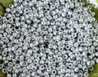 Size 7/0 Silver Matubo Seed Beads - 16 grams - Crystal Full Labrador 7/0 Matubo Seed Beads - 1642 - Silver 7/0 Seed Beads