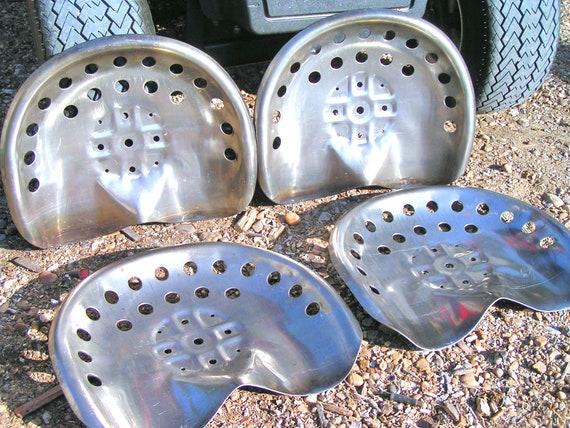 4  STEEL OLD FARM TRACTOR /& BAR STOOL METAL GARDEN SEAT