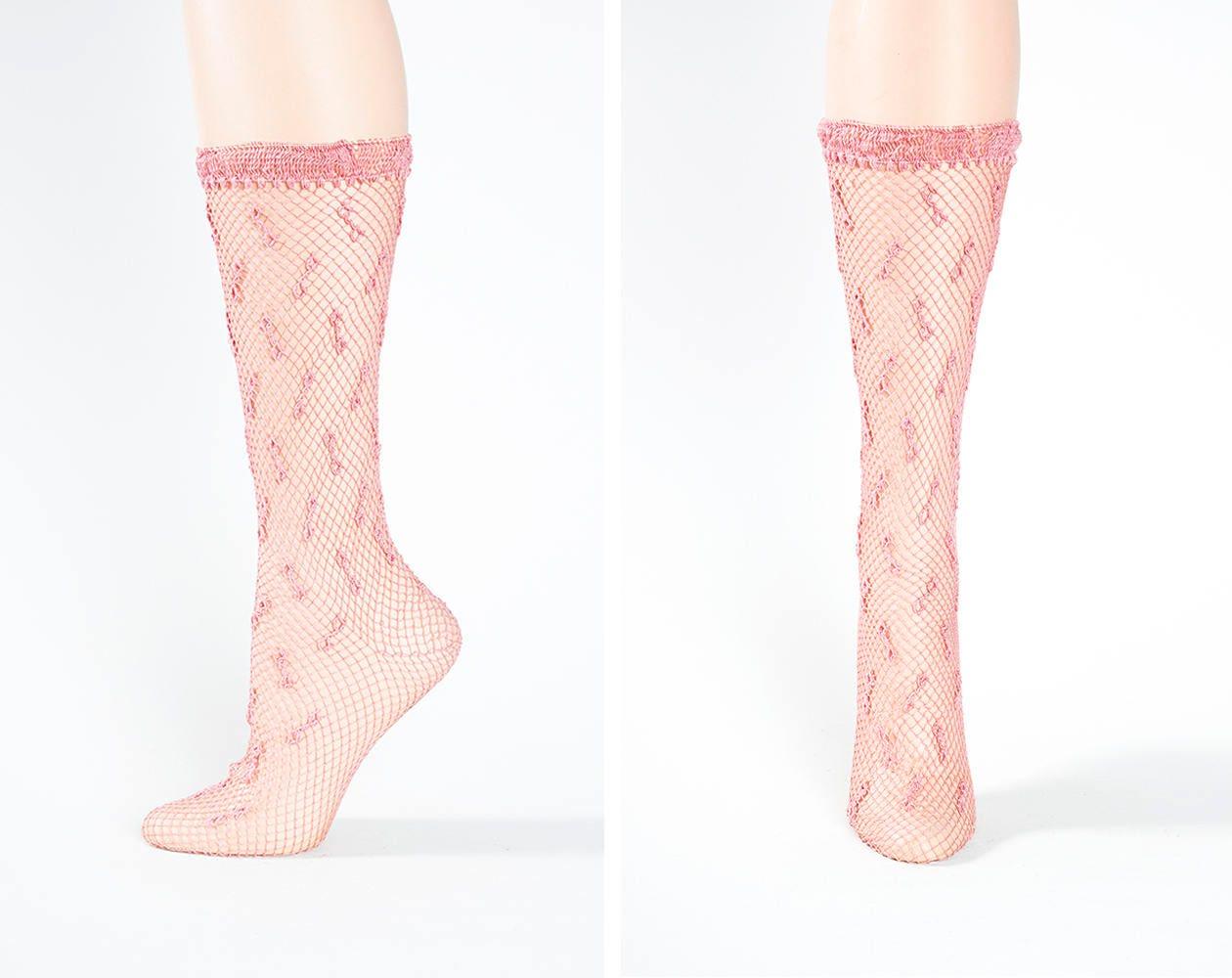 Darling Vintage 1940s Lightweight Nylon Pink Crocheted Fishnet Etsy